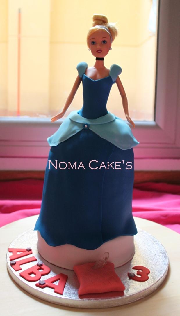 tarta muñeca cenicienta