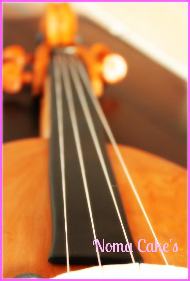 tarta violin stradivarius cake