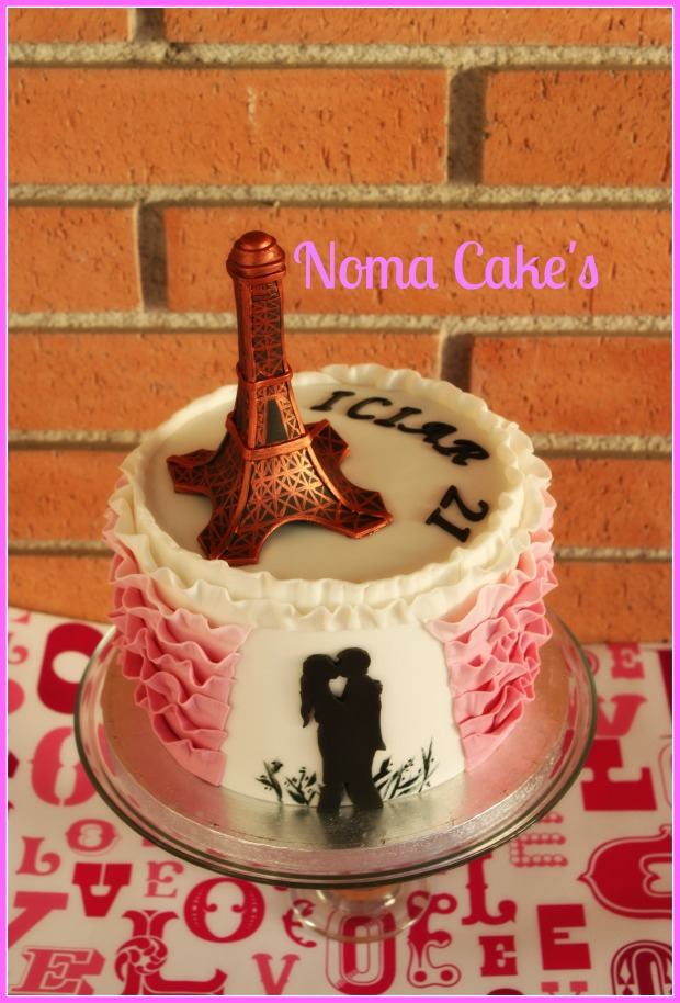 tarta parís torre eiffel ruffle cake