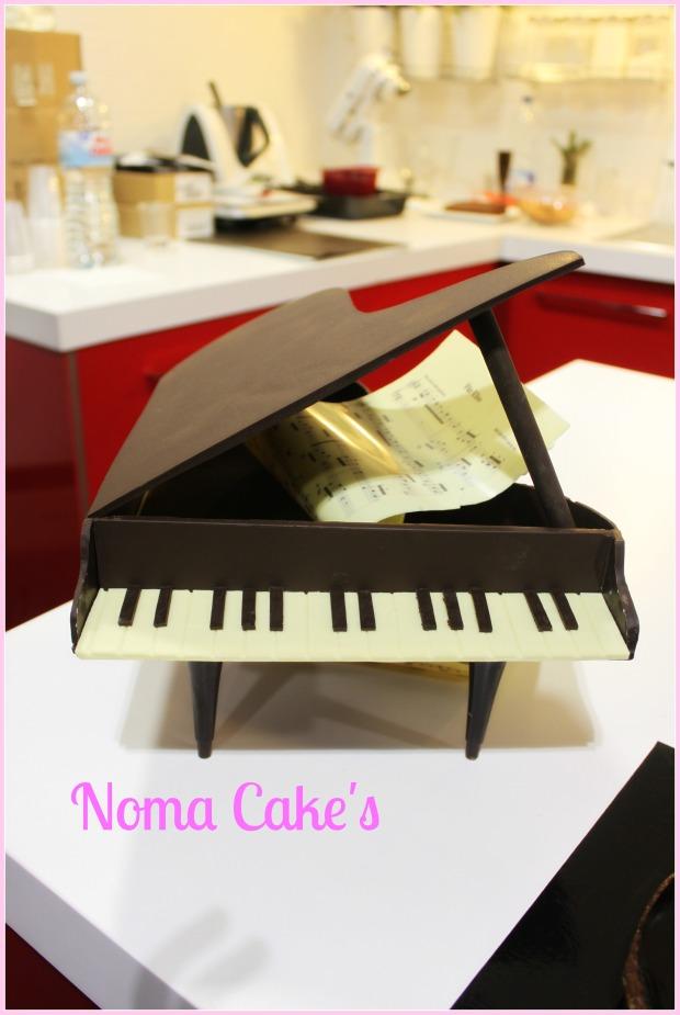 piano chocolate