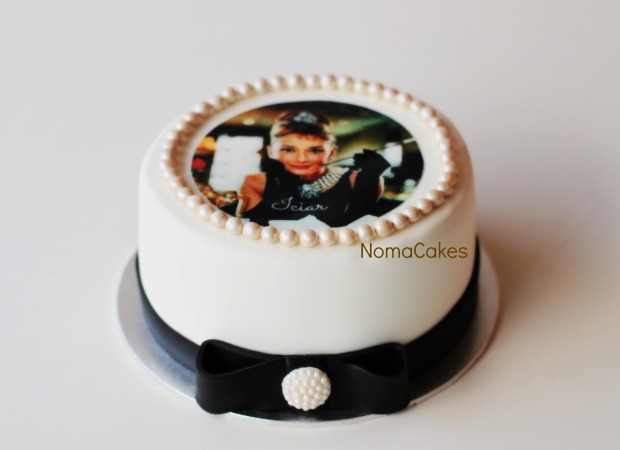 tarta Audrey Hepburn cake perlas fondant